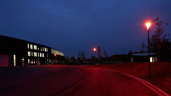 In the Venco Campus parking lot, Philips UrbanStar fixtures are fitted with ClearField bulbs