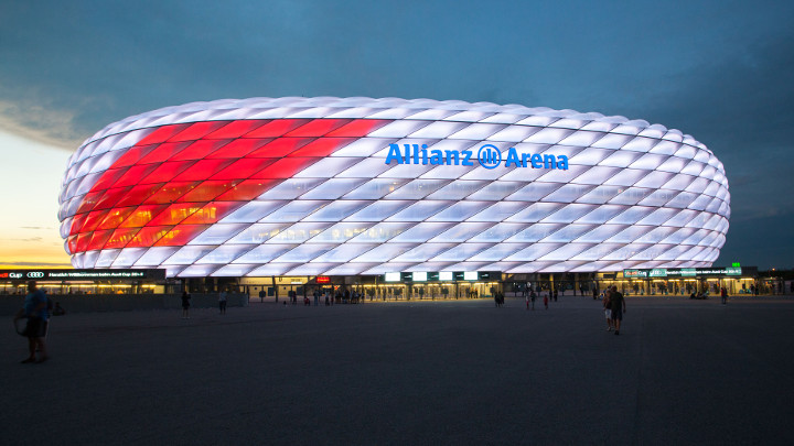 Philips LED Sonderbeleuchtung Allianz Arena zum Audi Cup - Chiếu sáng thể thao